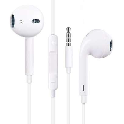 Apple Earpods With 3.5mm Headphone Plug image 1