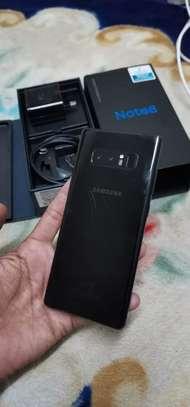 Samsung Note 8 image 2