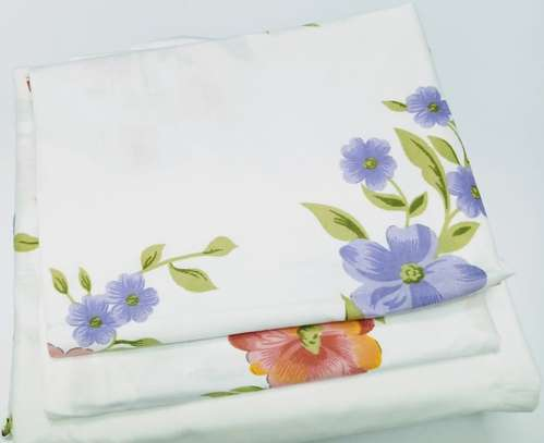 bed sheet 5 by 6 flowery image 1