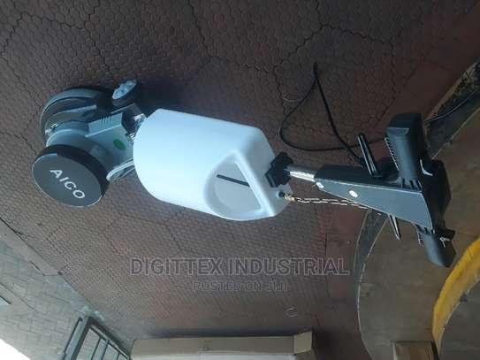 Floor Cabro Cleaning Machine image 1