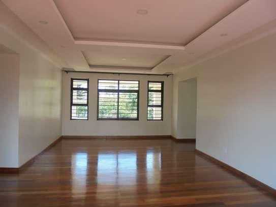 6 bedroom house for rent in Runda image 18