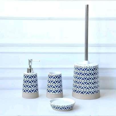 Ceramic white glazed 4 in 1 bathroom set image 1