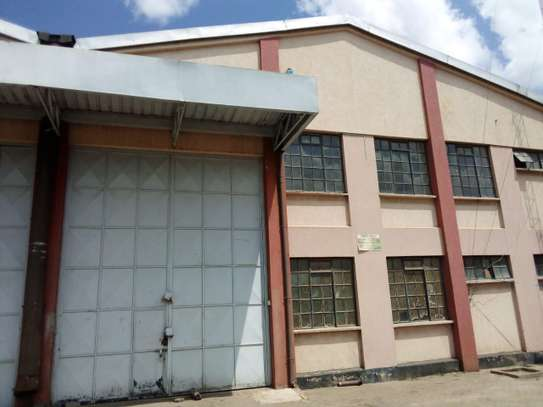 5000 ft² commercial property for rent in Industrial Area image 11