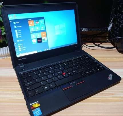 Laptop Lenovo ThinkPad X131e 4GB Intel Celeron HDD 320GB image 3