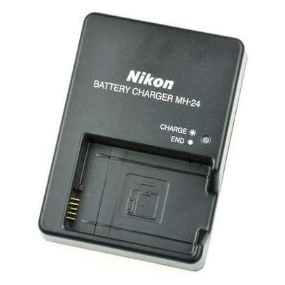 Sony MH-24 Nikon Charger for EN-EL14 Battery Black image 1