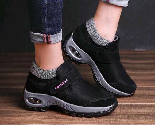 Fashion Sneakers image 4