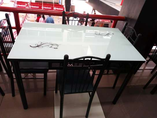 4seater dining table image 1