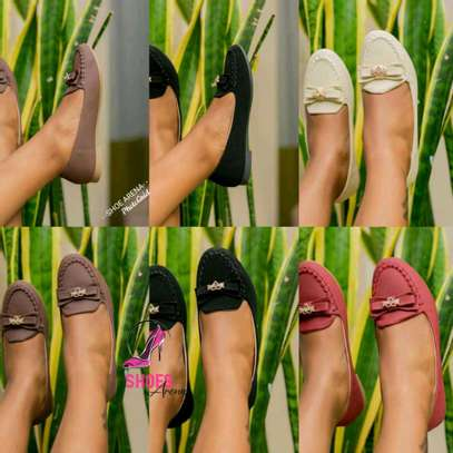 New brand flat shoes image 1