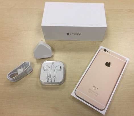 Apple iPhone 6s 16GB (Certified Refurbished and Unlocked) image 1