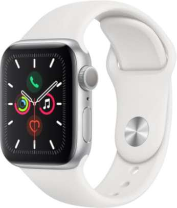 Apple watch series 5 image 1