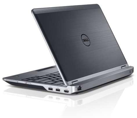 DELL LATITUDE E6330 Core i7 Laptop image 4