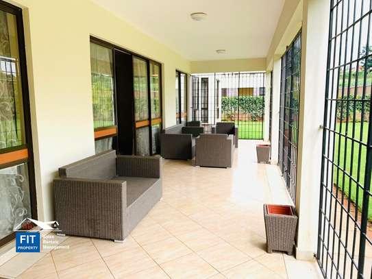 Runda - House image 5