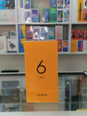 Realme 6 Pro brand new and sealed in a shop image 1