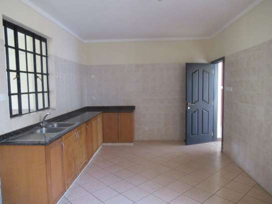 General Mathenge - Flat & Apartment image 6