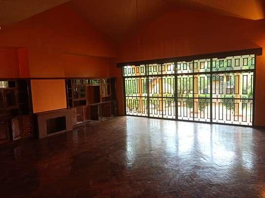 5 bedroom house for rent in Runda image 11