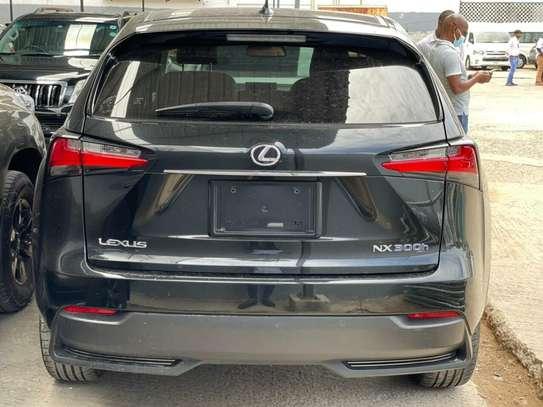 Lexus NX image 4