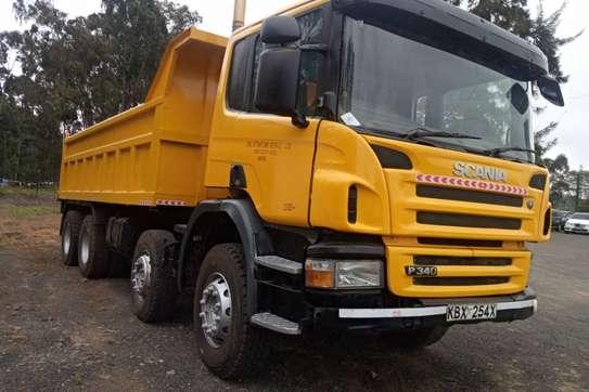 Scania P360 image 1