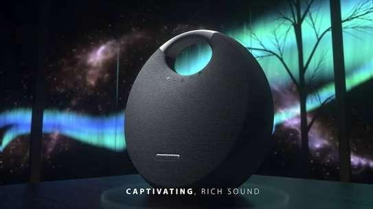 Harman Kardon Onyx Studio 5 Portable Wireless Bluetooth Speaker image 3