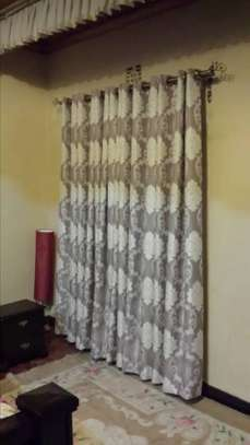 Curtains and Blinds With Free Stitching