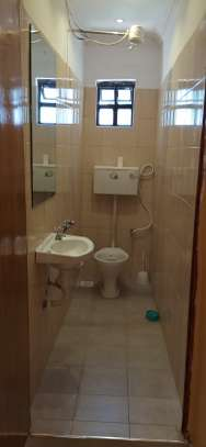 Accommodation available in ruiru BED AND BREAKFAST in kamakis area image 10