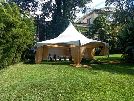 Clean Hexagon tent for hire image 3