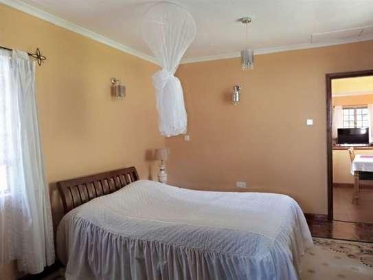 1 bedroom house for rent in Karen image 2