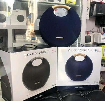 onyx studio 5 image 1