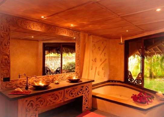 Furnished 10 bedroom villa for sale in Diani image 6