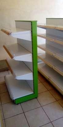 Shop shelves and display units image 5