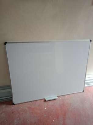 Long lasting whiteboards image 1