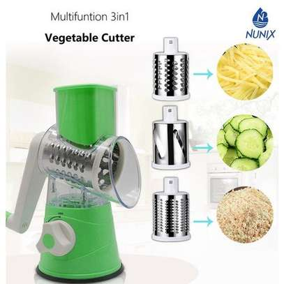 Multi-functional 3 In 1 Vegetable Cutter image 3