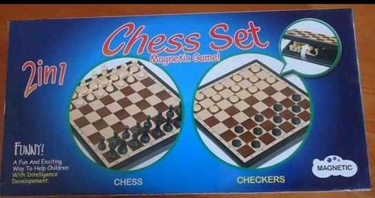 chess set board game magnetic image 1