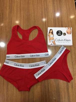 Ladies underwears calvin Klein image 4