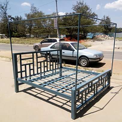 Metal beds image 1