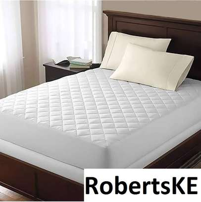 quilted mattress protector 4*6 image 1
