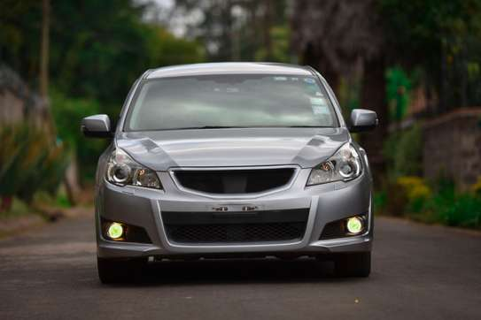 2012 Subaru Legacy image 1