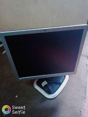"""Hp monitor 19"""" image 2"""