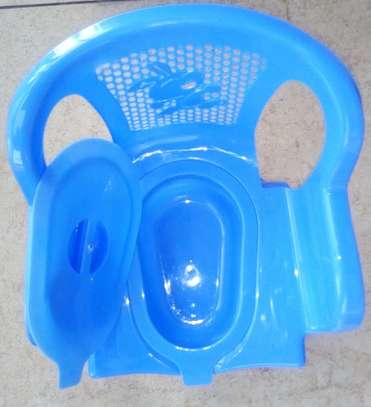 Small Removable Potty Plastic Chair