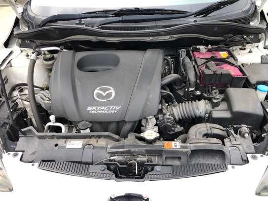 Mazda Demio 1.3 image 6