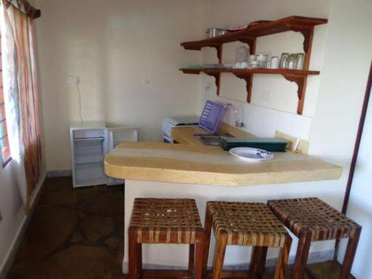 Apple Mango Apartments Diani Beach image 5