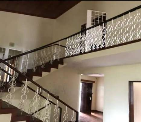 6 bedroom house for rent in Spring Valley image 8
