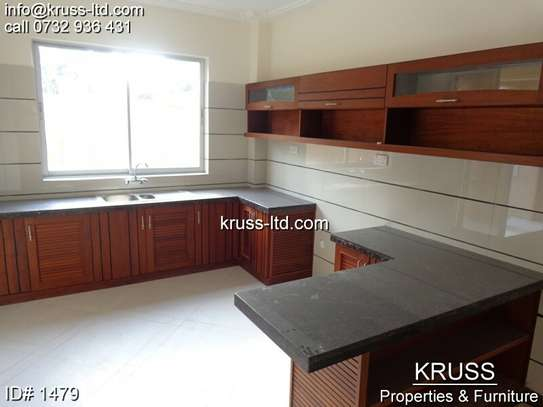 3br newly built apartment for rent in Nyali ID1479 image 7