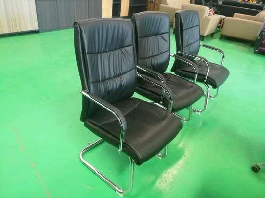 Executive waiting chairs image 2
