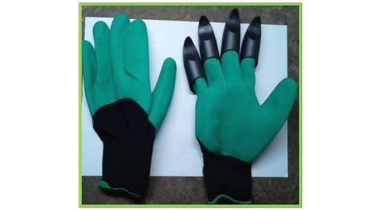 Gardening gloves image 1