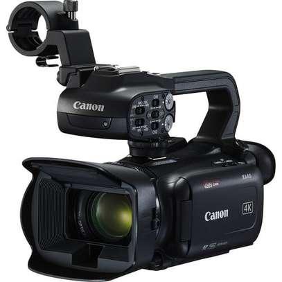 Canon XA40 Professional UHD 4K Camcorder image 1