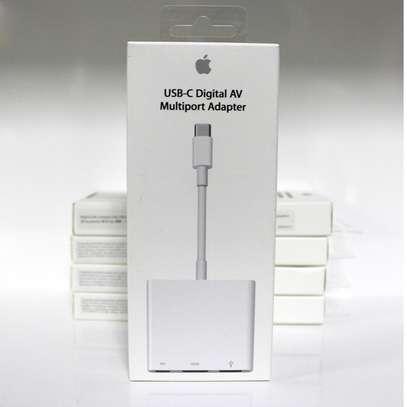 Apple USB Type-c Digital AV Multiport Adapter image 1