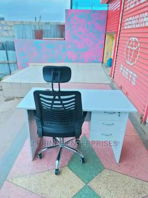 Well done office desk in white finish plus an adjustable office chair image 1