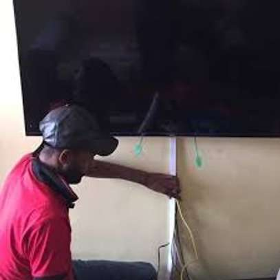 Affordable TV Mount Installation/Best TV Mount Services.100% Satisfaction Guaranteed. image 1