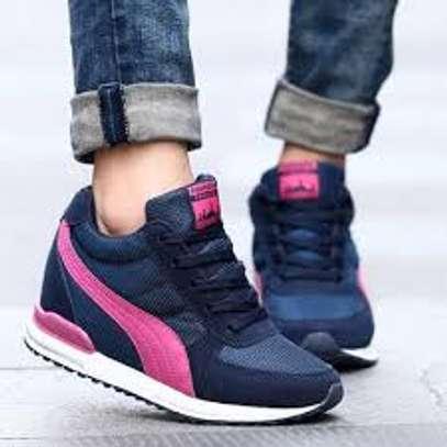 Wedged sneakers image 3