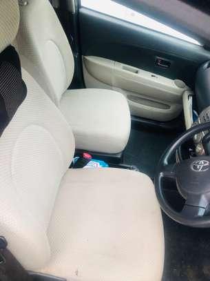 Toyota Passo image 2